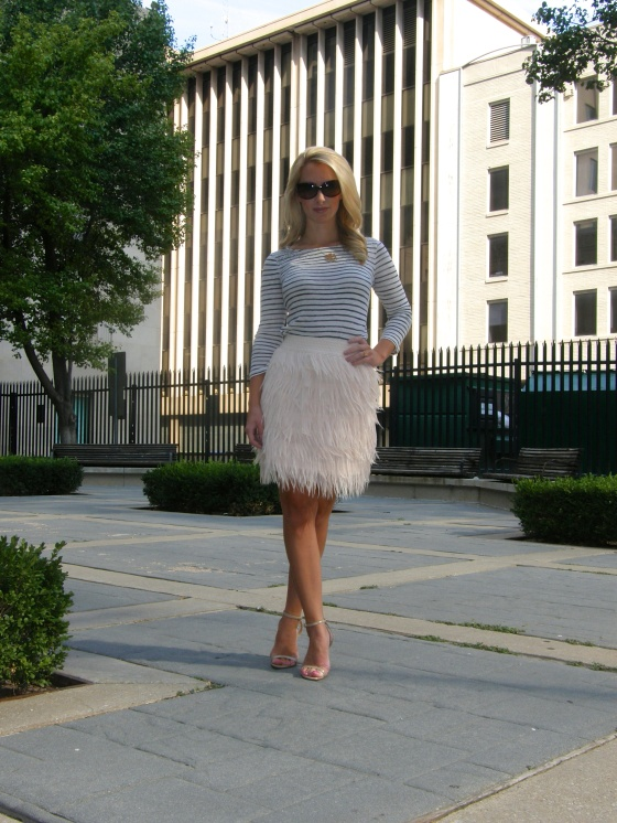 Top: J.Crew, Skirt: Shoptiques, Shoes: steve Madden, Jewelry: Max and Chloe, Kate Spade, Sunglasses: Fendi
