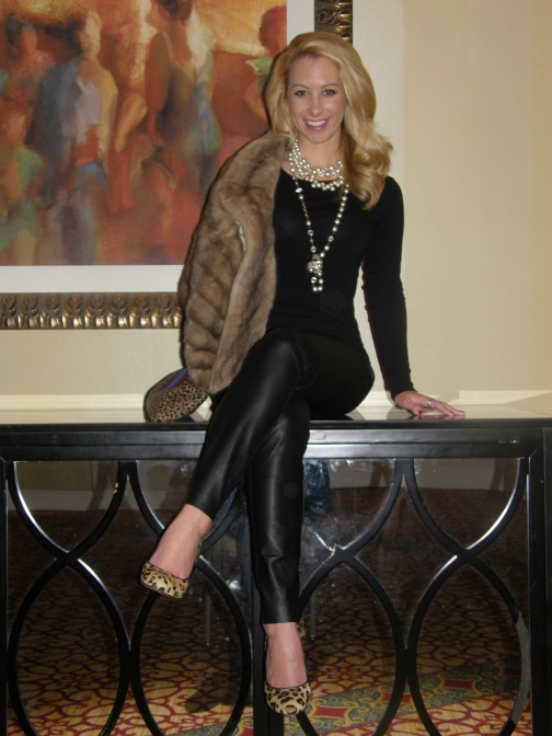 Top: J.Crew, Pants: Zara, Heels: Aldo, Fur: Vintage, Bag: C.Wonder, Necklaces: Vintage, J.Crew, Ring: David Yurman